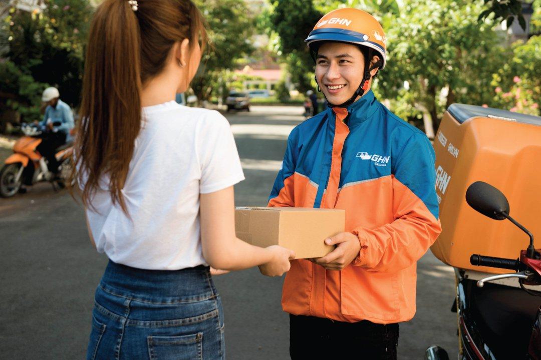 Dịch vụ giao hàng nội thành nào uy tín,  giá rẻ?